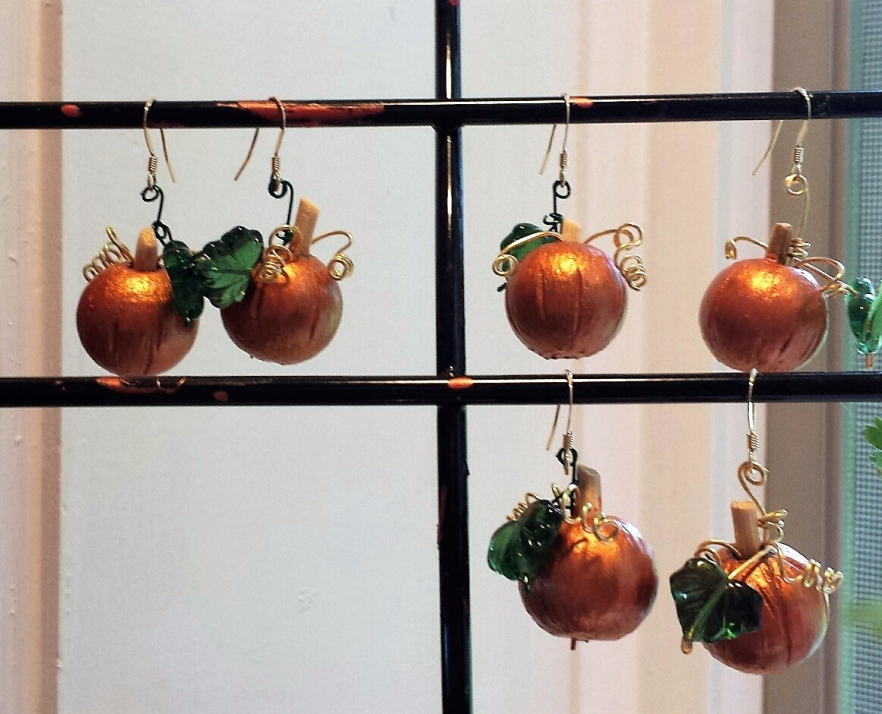 earrings, wood pumpkins